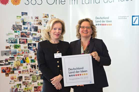 Auszeichnung Land der Ideen durch NRW-Ministerin Svenja Schulze