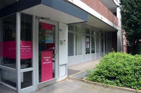 zebra-brustkrebs-zentrum-Eingangsbereich
